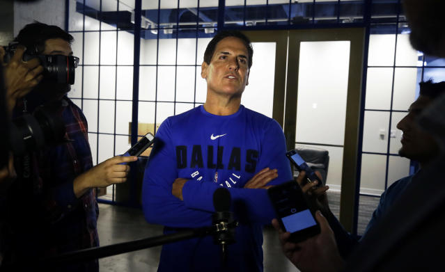 "<a class=""link rapid-noclick-resp"" href=""/nba/teams/dal/"" data-ylk=""slk:Dallas Mavericks"">Dallas Mavericks</a> owner Mark Cuban says he is ""actively considering"" running for president in 2020. (AP)"