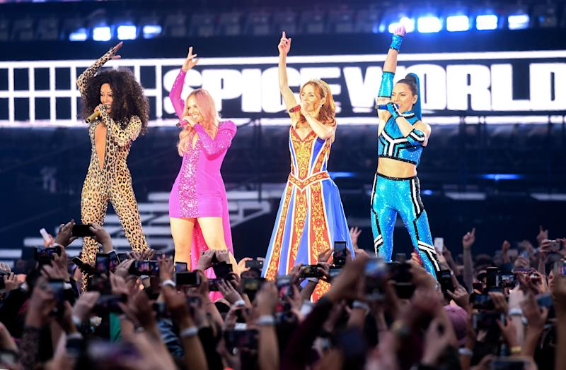 Spice Girls Performing