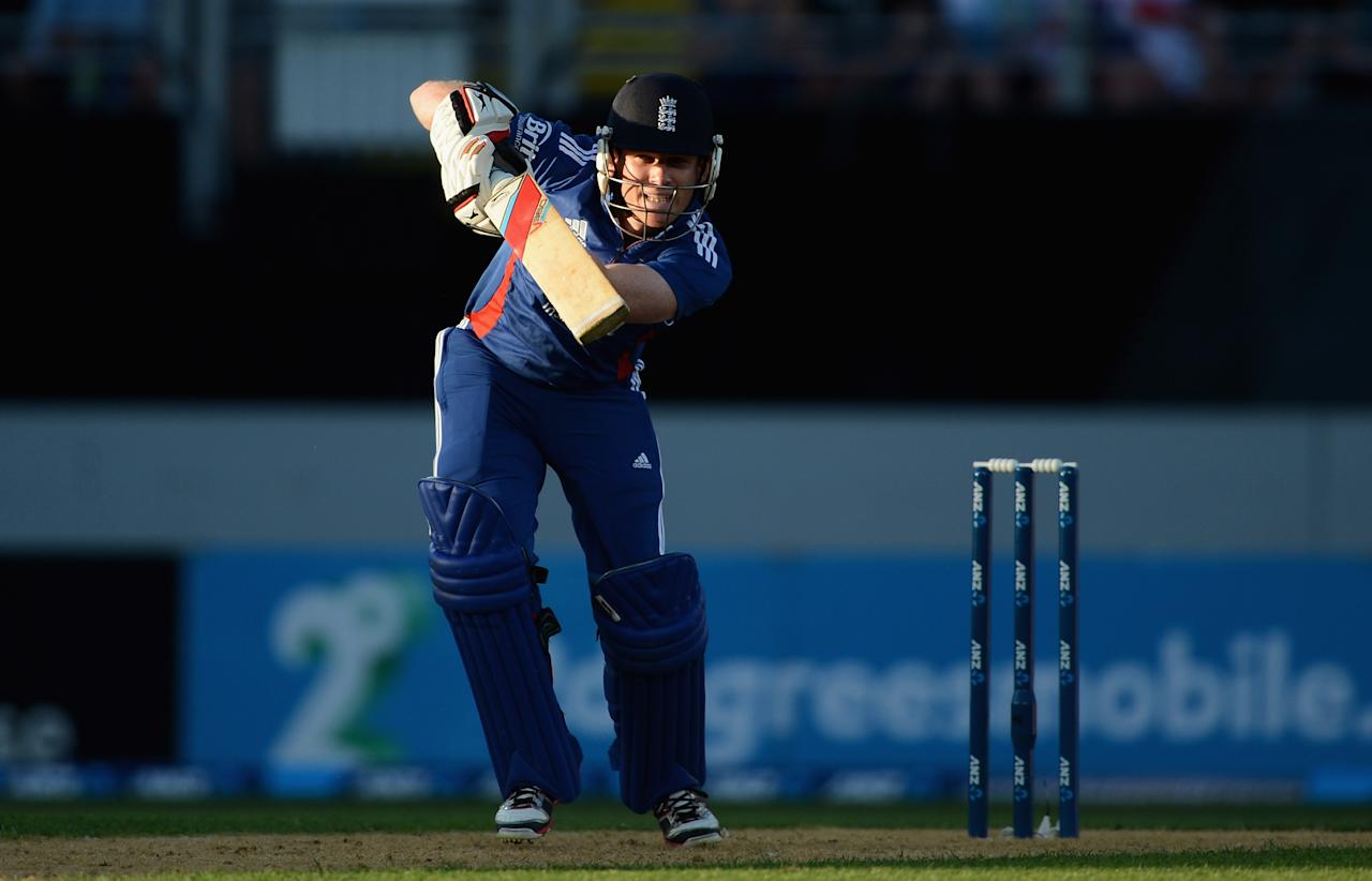 AUCKLAND, NEW ZEALAND - FEBRUARY 09:  Eoin Morgan of England bats during the 1st T20 International between New Zealand and England at Eden Park on February 9, 2013 in Auckland, New Zealand.  (Photo by Gareth Copley/Getty Images)