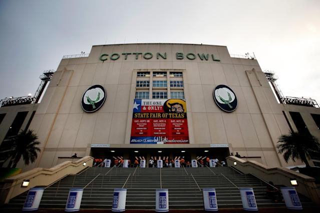 DALLAS, TX - OCTOBER 12: A view of the Cotton Bowl on October 12, 2013 in Dallas, Texas. (Photo by Tom Pennington/Getty Images)
