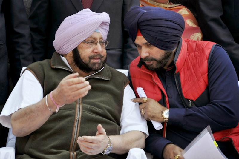 Punjab Cong Implodes as Sidhu Skips Cabinet Meeting Chaired by Captain Amid Rumours of Portfolio Change