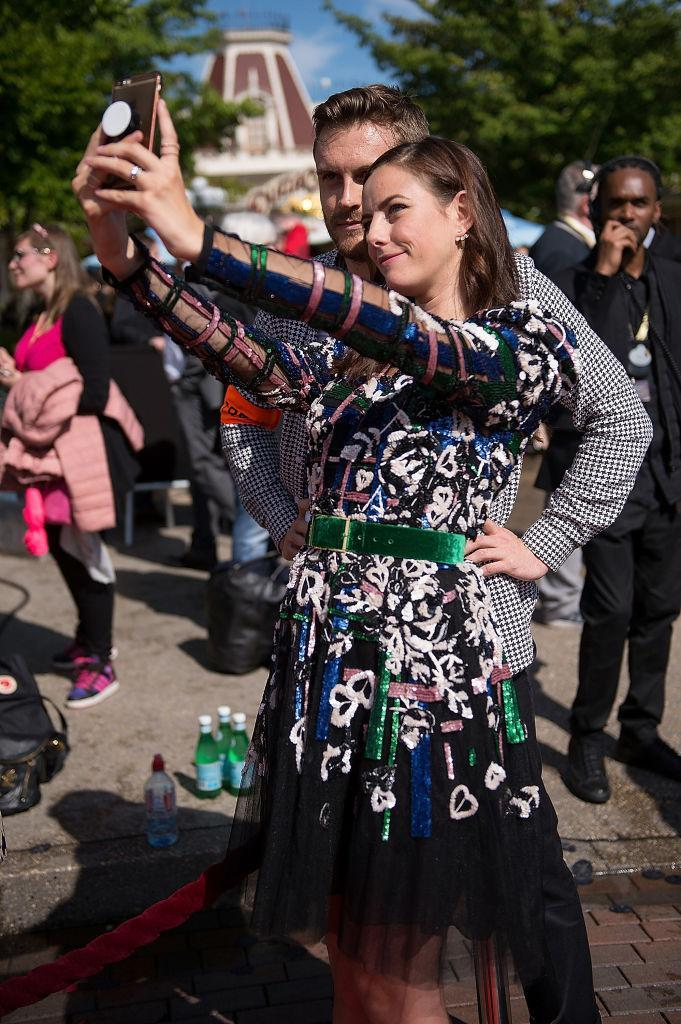 Kaya Scodelario, in Elie Saab, takes a selfie (Photo: Getty Images)