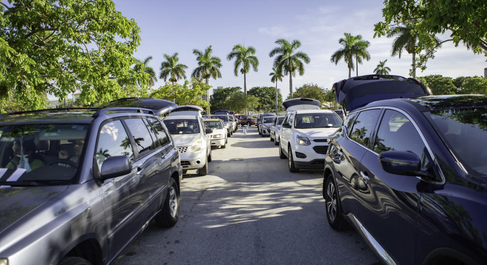Cars lined up to receive food at a food distribution at Palm Beach Outlets in West Palm Beach, Florida on 7/21/2020 (Courtesy Feeding South Florida)