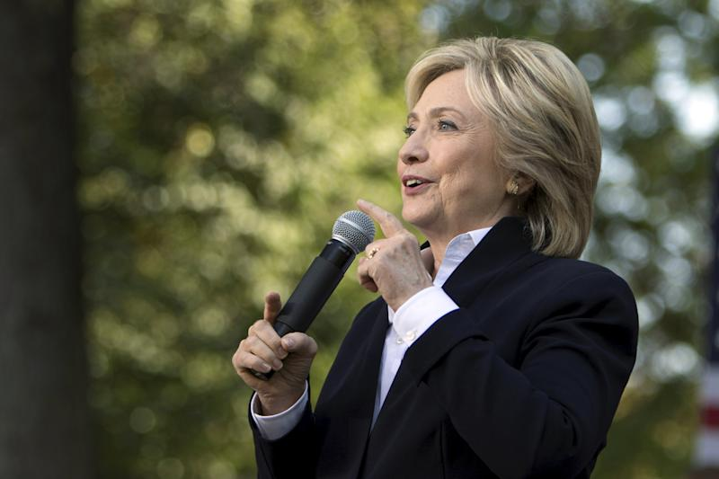 U.S. Democratic presidential candidate Hillary Clinton speaks during a community forum campaign event at Cornell College in Mt Vernon, Iowa, in this file picture taken October 7, 2015. Clinton spent $26 million over the summer building up her 2016 campaign, more than any of her rivals either within her own Democratic party or the Republican side, as she sought to build a formidable organization to help her capture the White House.   REUTERS/Scott Morgan/Files