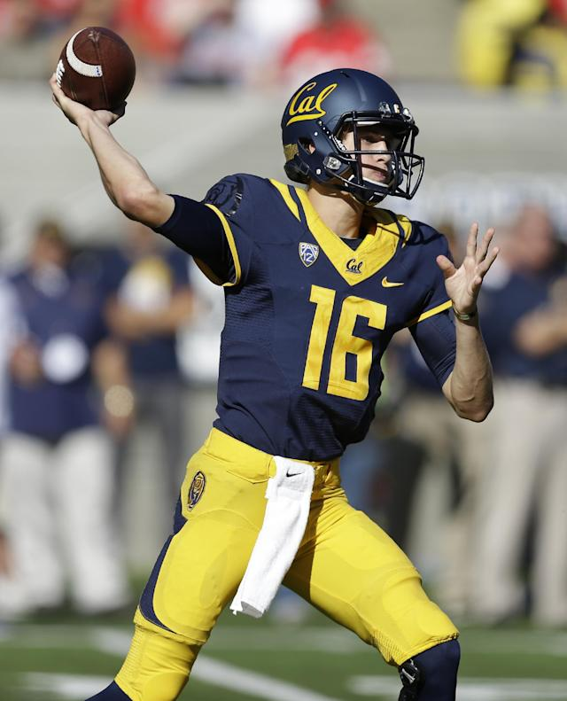 California quarterback Jared Goff passes against Ohio State during the first quarter of an NCAA college football game, Saturday, Sept. 14, 2013, in Berkeley, Calif. (AP Photo/Ben Margot)