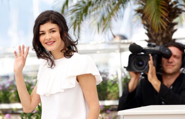 Actress Audrey Tautou poses at the 'Therese Desqueyroux' Photocall during the 65th Annual Cannes Film Festival on May 27, 2012 in Cannes, France. (Photo by Vittorio Zunino Celotto/Getty Images)