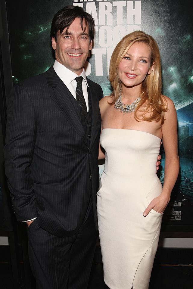 """<a href=""""http://movies.yahoo.com/movie/contributor/1808974842"""">Jon Hamm</a> and <a href=""""http://movies.yahoo.com/movie/contributor/1804495501"""">Jennifer Westfeldt</a> at the New York premiere of <a href=""""http://movies.yahoo.com/movie/1809966785/info"""">The Day the Earth Stood Still</a> - 12/09/2008"""