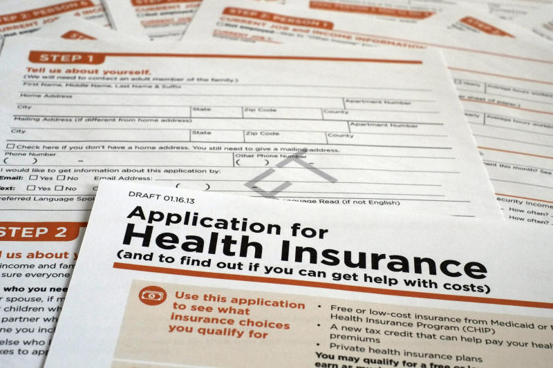 Applying for Obama health care plan not easy
