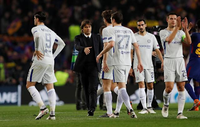 Soccer Football - Champions League Round of 16 Second Leg - FC Barcelona vs Chelsea - Camp Nou, Barcelona, Spain - March 14, 2018 Chelsea manager Antonio Conte and players look dejected after the match Action Images via Reuters/Lee Smith