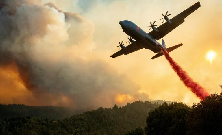 California fires spread, fouling air and spurring evacuations