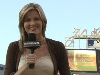 Answer Woman: Erin Andrews talks marriage proposals, Hef