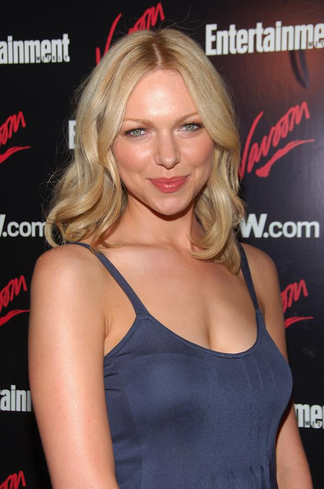 Laura Prepon Has Tried Every Hair Color, but What Is Her ...