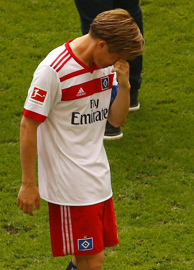 Soccer Football - Bundesliga - Hamburger SV v Borussia Moenchengladbach - Volksparkstadion, Hamburg, Germany - May 12, 2018 Hamburg's Gotoku Sakai looks dejected at the end of the match REUTERS/Morris Mac Matzen DFL RULES TO LIMIT THE ONLINE USAGE DURING MATCH TIME TO 15 PICTURES PER GAME. IMAGE SEQUENCES TO SIMULATE VIDEO IS NOT ALLOWED AT ANY TIME. FOR FURTHER QUERIES PLEASE CONTACT DFL DIRECTLY AT + 49 69 650050