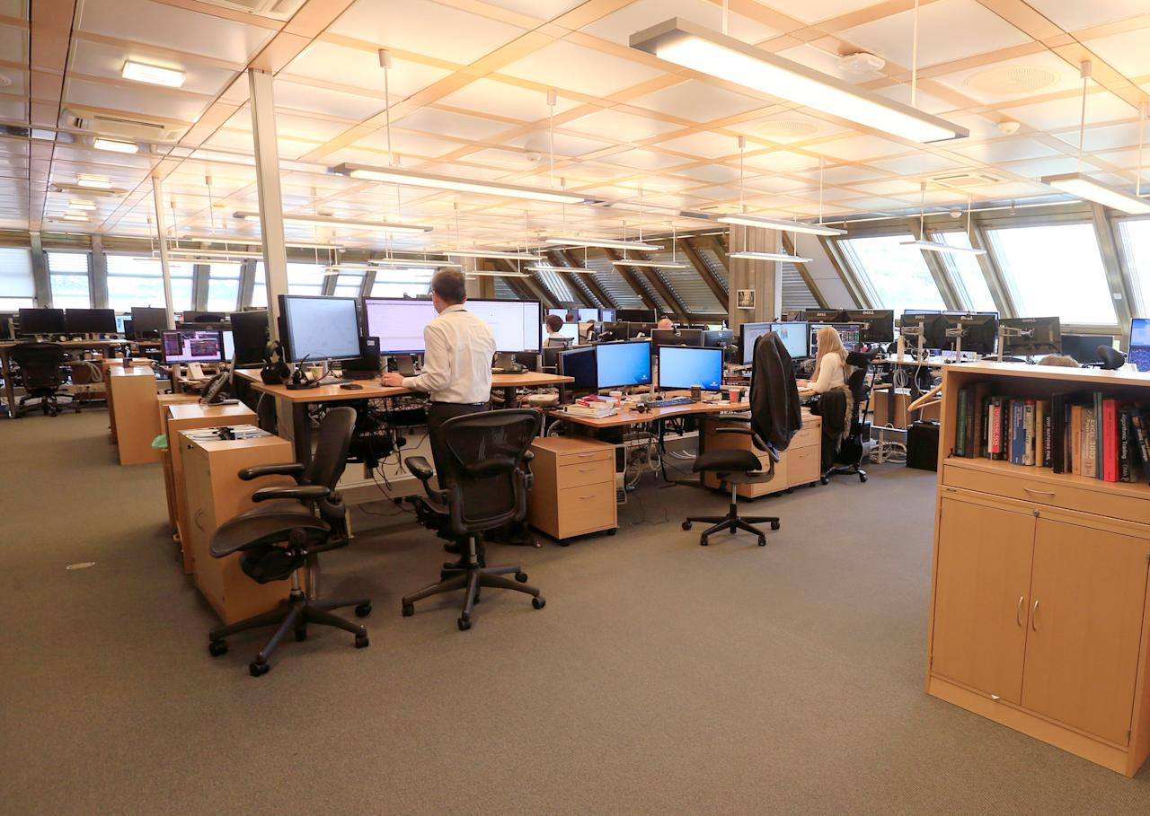 FILE PHOTO: The trading floor of Norges Bank Investment Management, the Nordic countryÕs sovereign wealth fund in Oslo, Norway, June 2, 2017. REUTERS/Ints Kalnins/File Photo