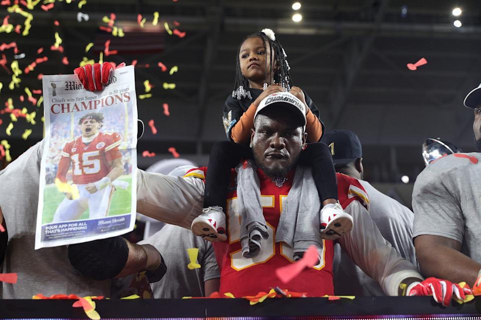 MIAMI, FLORIDA - FEBRUARY 02: Frank Clark #55 of the Kansas City Chiefs celebrates after defeating the San Francisco 49ers 31-20 in Super Bowl LIV at Hard Rock Stadium on February 02, 2020 in Miami, Florida. (Photo by Tom Pennington/Getty Images)