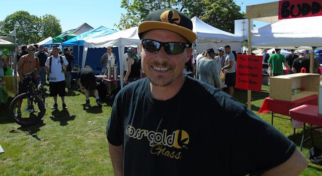 Ross Rebagliati poses with his Ross' Gold-branded swag at 420 Vancouver in 2016. (Photo: Ross' Gold)