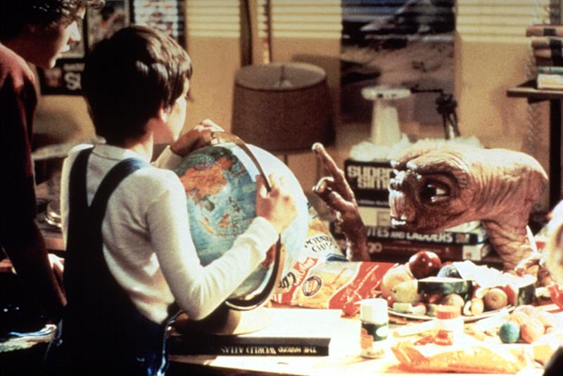 Robert MacNaughton and Henry Thomas in 'E.T.: the Extra-Terrestrial,' 1982