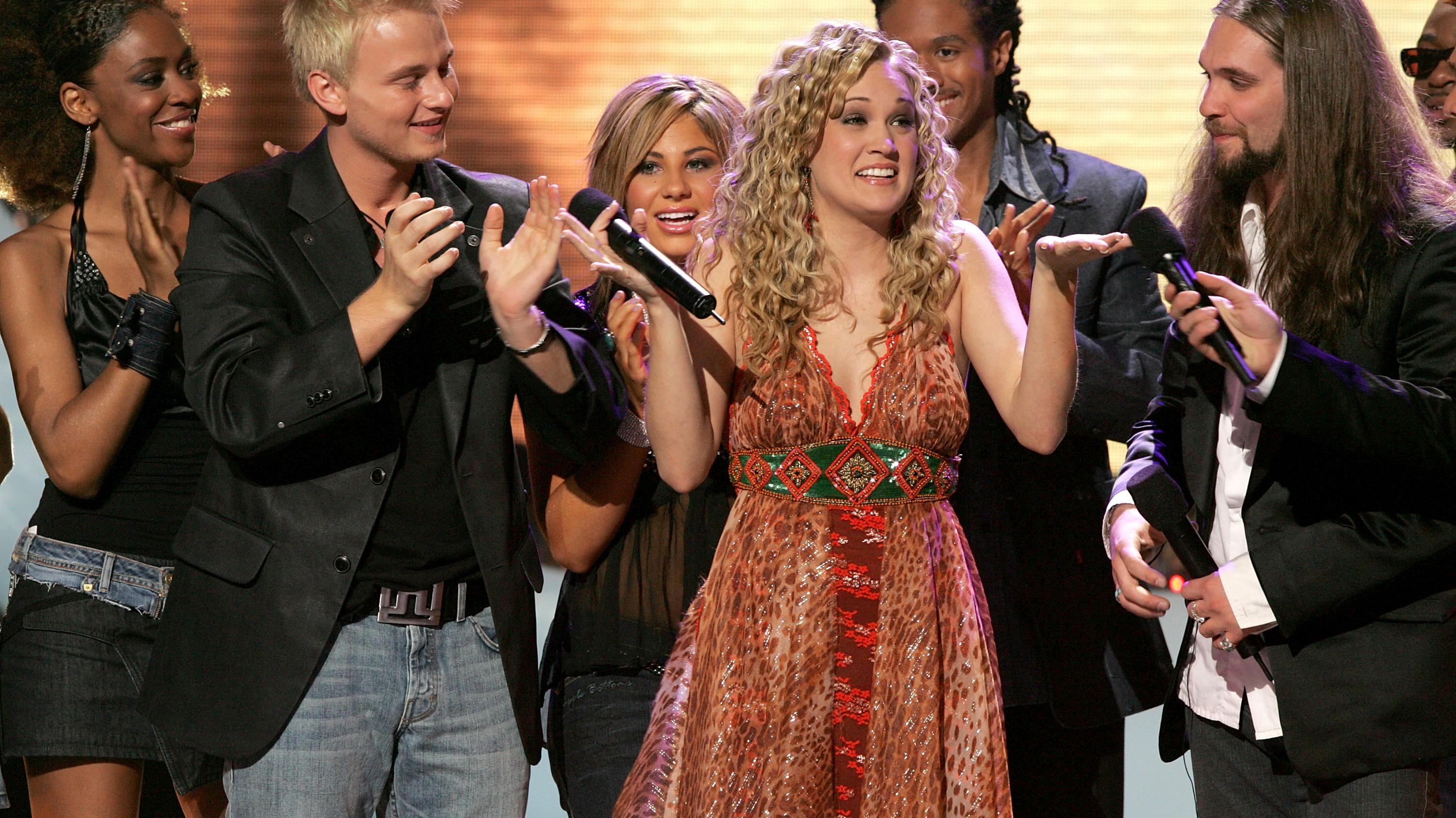 Carrie Underwood is crowned the American Idol winner on May 25, 2005. (Photo by Kevin Winter/Getty Images)