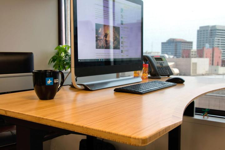 Fabulous Dont Just Sit There Check Out The Best Standing Desks You Download Free Architecture Designs Xaembritishbridgeorg
