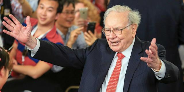 Warren Buffett has $116 billion in Treasury securities and he doesn't know what to do with them.