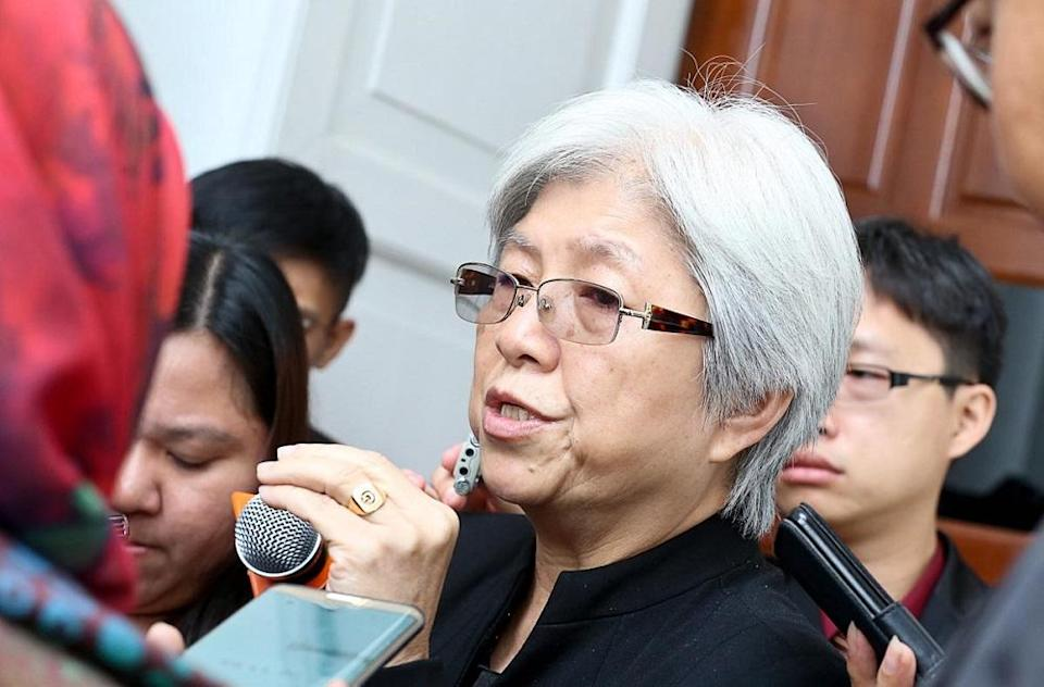 Chong said the respondents had signed up for vaccination between February and March this year. — Picture by Sayuti Zainudin