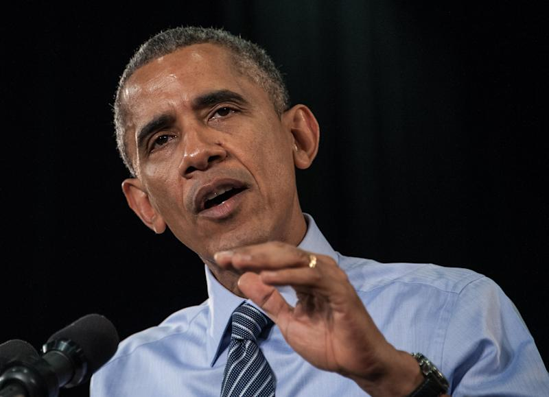 US President Barack Obama delivers a speech on February 6, 2015 at Ivy Tech Community College in Indianapolis