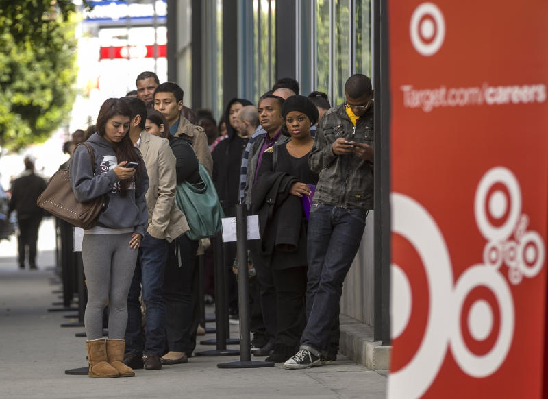 Target's 1Q profit drops 29 pct on weak sales