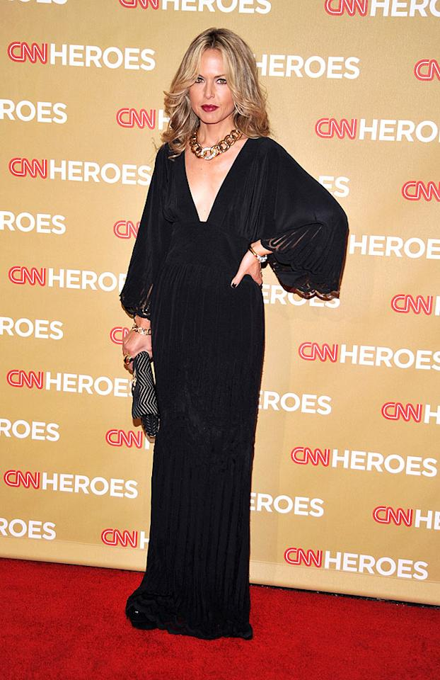 """Rachel Zoe looked bewitching (or maybe just witchy) in black. The stylist showed off one of her favorite trends: statement jewelry. Frazer Harrison/<a href=""""http://www.gettyimages.com/"""" target=""""new"""">GettyImages.com</a> - November 22, 2008"""