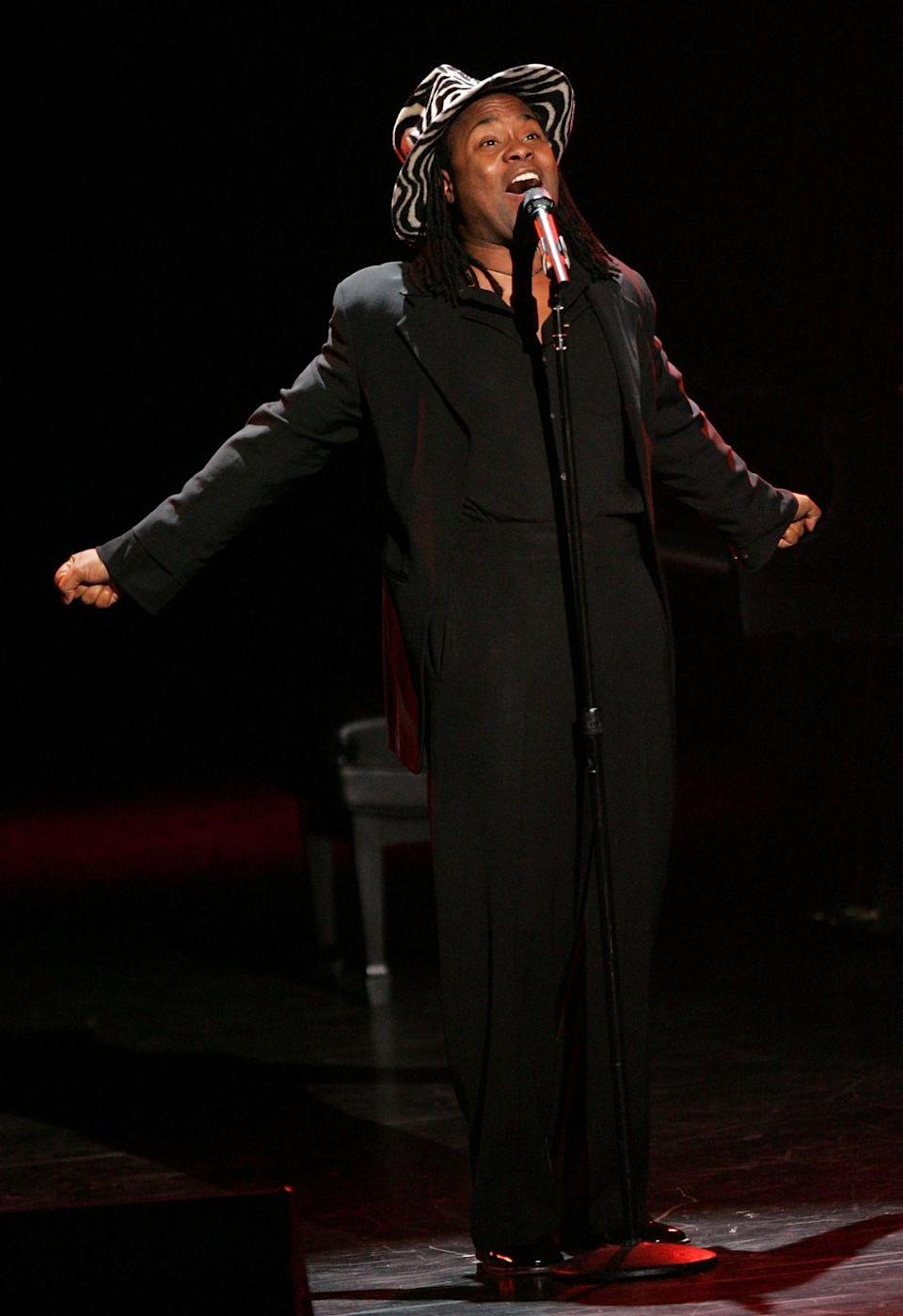 <p>Porters sings at the Actors Fund S.T.A.G.E. Too Tribute: Hooray for Love in a black blazer, roomy trousers, and a graphic black-and-white wide-brim hat. </p>