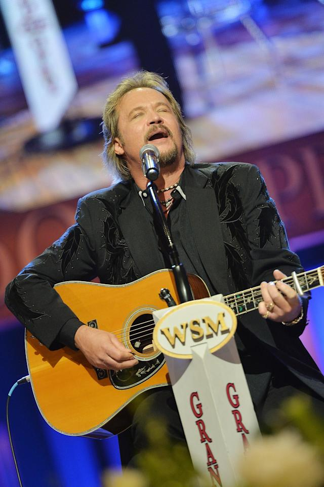 NASHVILLE, TN - MAY 02: (EXCLUSIVE COVERAGE) Country musician Travis Tritt performs at the funeral service for George Jones at The Grand Ole Opry on May 2, 2013 in Nashville, Tennessee. Jones passed away on April 26, 2013 at the age of 81. (Photo by Rick Diamond/Getty Images for GJ Memorial)