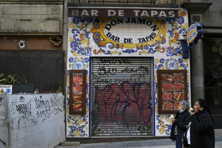 Many restaurants and shops have closed in Madrid