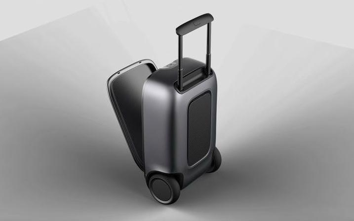 The Puppy 1 self-driving suitcase balances on two wheels, using technology adapted from Segway.