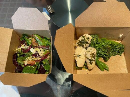 Food is served to guests in cardboard containers (Tripadvisor/Steven Coussement)