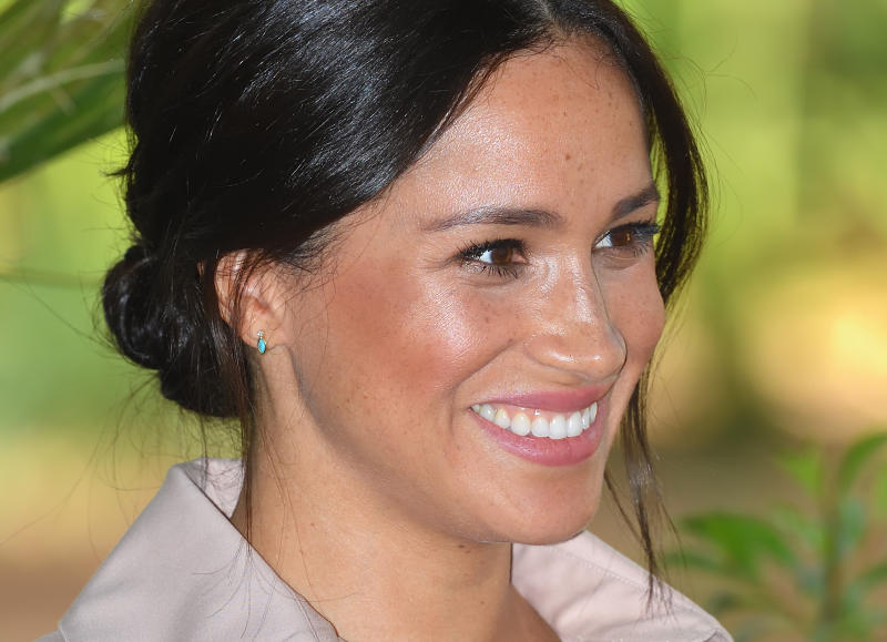 JOHANNESBURG, SOUTH AFRICA - OCTOBER 02: Meghan, Duchess of Sussex, earring detail, accompanied by Prince Harry, Duke of Sussex attends a reception to celebrate the UK and South Africa's important business and investment relationship at the High Commissioner's Residence during their royal tour of South Africa on October 02, 2019 in Johannesburg, South Africa. (Photo by Karwai Tang/WireImage)