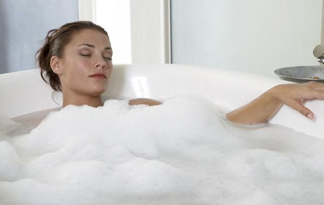 A hot bath<br><br>A piping hot bath helps clear the airways. Adding olbas oil can help further and will make you feel more comfortable by reducing the pressure on your sinuses and head. It can also loosen mucus and make breathing easier. <br><br>It's also plain soothing and will calm any aches and pains caused by the flu.