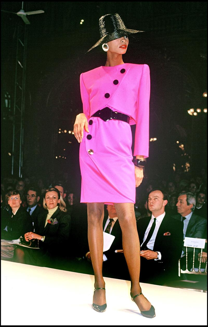 A model walks in the Givenchy spring/summer 1989 show in Paris.