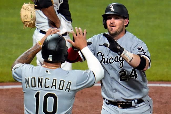 Error in ninth inning gives Pirates 5-4 win over White Sox