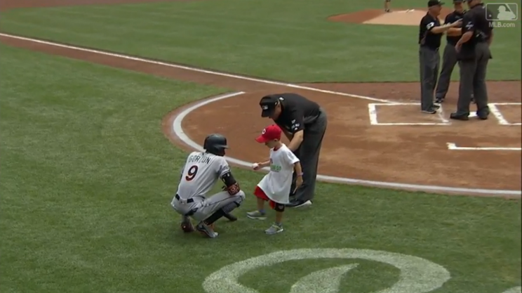 This Reds fan was not happy with Dee Gordon. (MLB.com Screenshot)