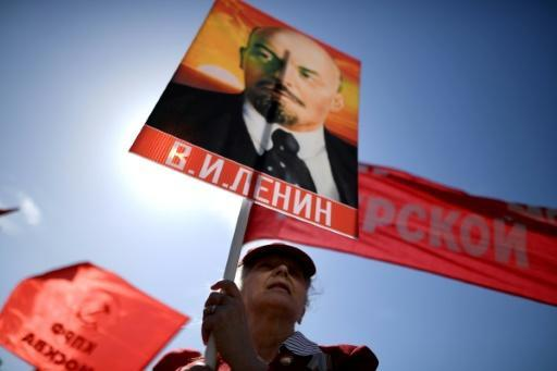 Huge May Day march in Moscow, turnout almost 1.5 mln