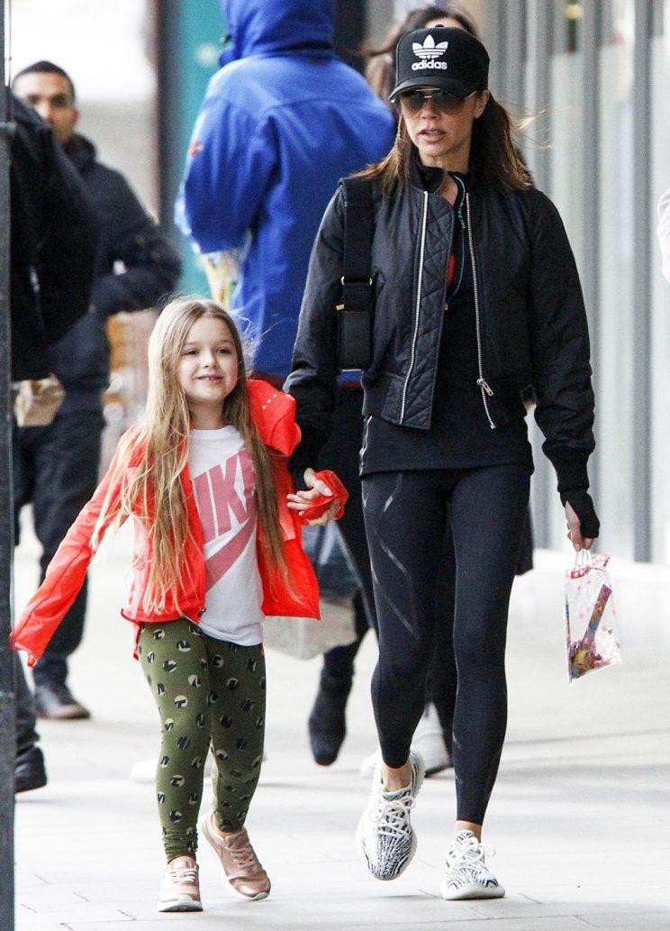 Exclusive... 52355251 Fashion designer Victoria Beckham is seen enjoying a stroll alongside her cute five year-old daughter Harper in Notting Hill, London on March 19, 2017. The mother and daughter duo were both casually dressed, with Victoria wearing an all-black ensemble that included an Adidas cap and a pair of white sneakers. FameFlynet, Inc - Beverly Hills, CA, USA - +1 (310) 505-9876 RESTRICTIONS APPLY: USA/CHINA ONLY