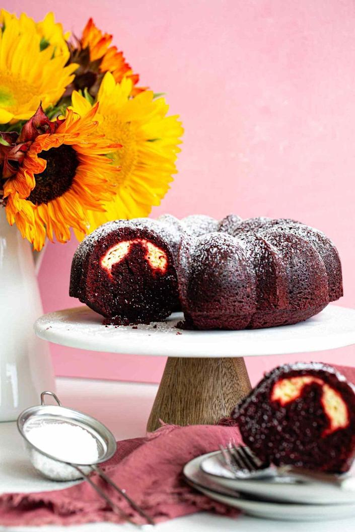 "<p>Instead of coating this red velvet cake with cream cheese frosting, there's a rich layer hidden inside!</p><p><strong>Get the recipe at <a href=""https://www.butterbeready.com/red-velvet-cream-cheese-bundt-cake/"" rel=""nofollow noopener"" target=""_blank"" data-ylk=""slk:Butter Be Ready"" class=""link rapid-noclick-resp"">Butter Be Ready</a>.</strong></p><p><strong><a class=""link rapid-noclick-resp"" href=""https://go.redirectingat.com?id=74968X1596630&url=https%3A%2F%2Fwww.walmart.com%2Fsearch%2F%3Fquery%3Dbundt%2Bcake%2Bpan&sref=https%3A%2F%2Fwww.thepioneerwoman.com%2Ffood-cooking%2Fmeals-menus%2Fg36066375%2Fmothers-day-cakes%2F"" rel=""nofollow noopener"" target=""_blank"" data-ylk=""slk:SHOP BUNDT PANS"">SHOP BUNDT PANS</a><br></strong></p>"