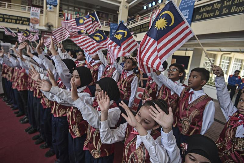 Dong Jiao Song said it will proceed with the COC on Saturday with the aim of convincing the government to rescind its decision to introduce jawi script lessons in vernacular primary schools, and expressed its readiness for discourse on the issue either before or after the event. — Picture by Shafwan Zaidon