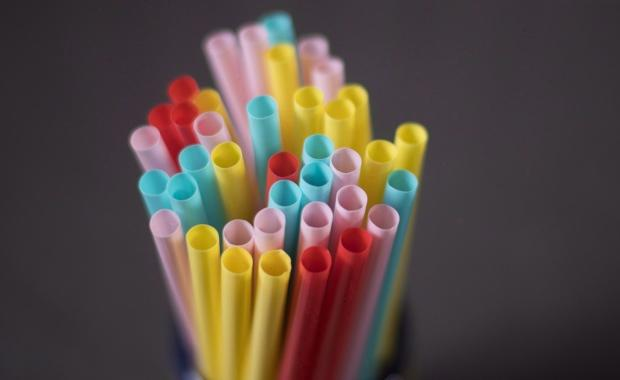 Canada moves to ban single-use plastics