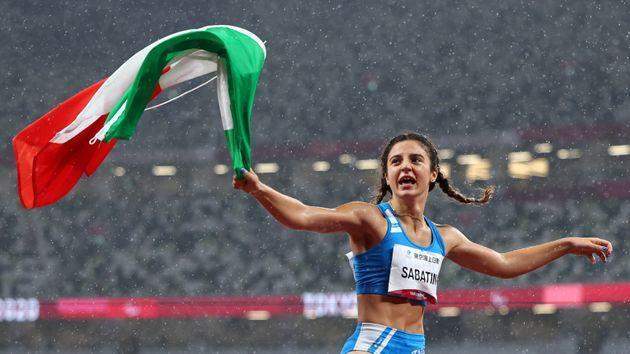 Tokyo 2020 Paralympic Games - Athletics - Women's 100m - T63 Final - Olympic Stadium, Tokyo, Japan - September 4, 2021. Ambra Sabatini of Italy rcelebrates after winning gold and setting a new World Record REUTERS/Marko Djurica (Photo: MARKO DJURICA via REUTERS)