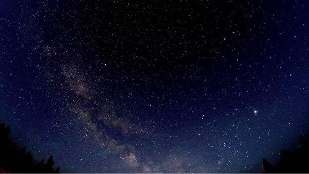 Shot of the night sky, taken in Saskatchewan.  (Submitted by Julie Dima - image credit)