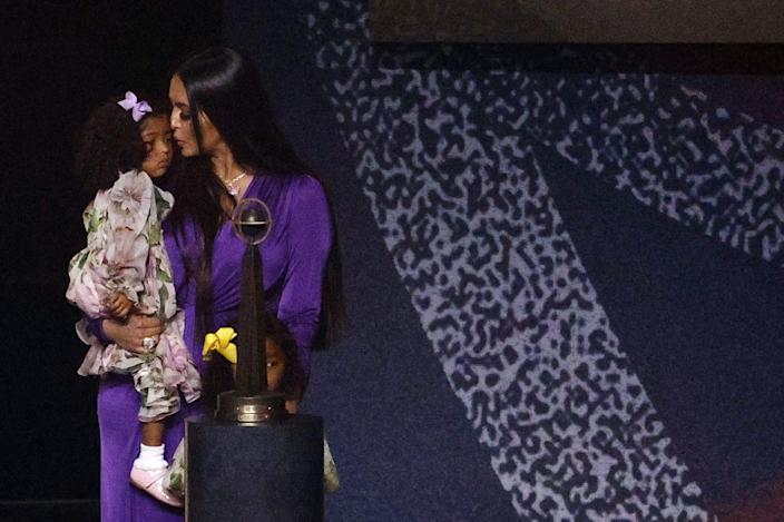 <p>Vanessa kept close to daughters Bianka, 4, and Capri, 2 next month, during the ceremony.</p>