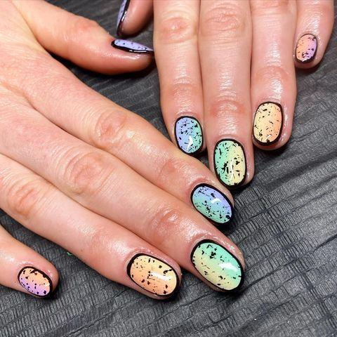 """<p>Combine the soft transition of ombre with graphic detailing for a stand out look.</p><p><a href=""""https://www.instagram.com/p/B7Ci6uRHQju/"""" rel=""""nofollow noopener"""" target=""""_blank"""" data-ylk=""""slk:See the original post on Instagram"""" class=""""link rapid-noclick-resp"""">See the original post on Instagram</a></p>"""
