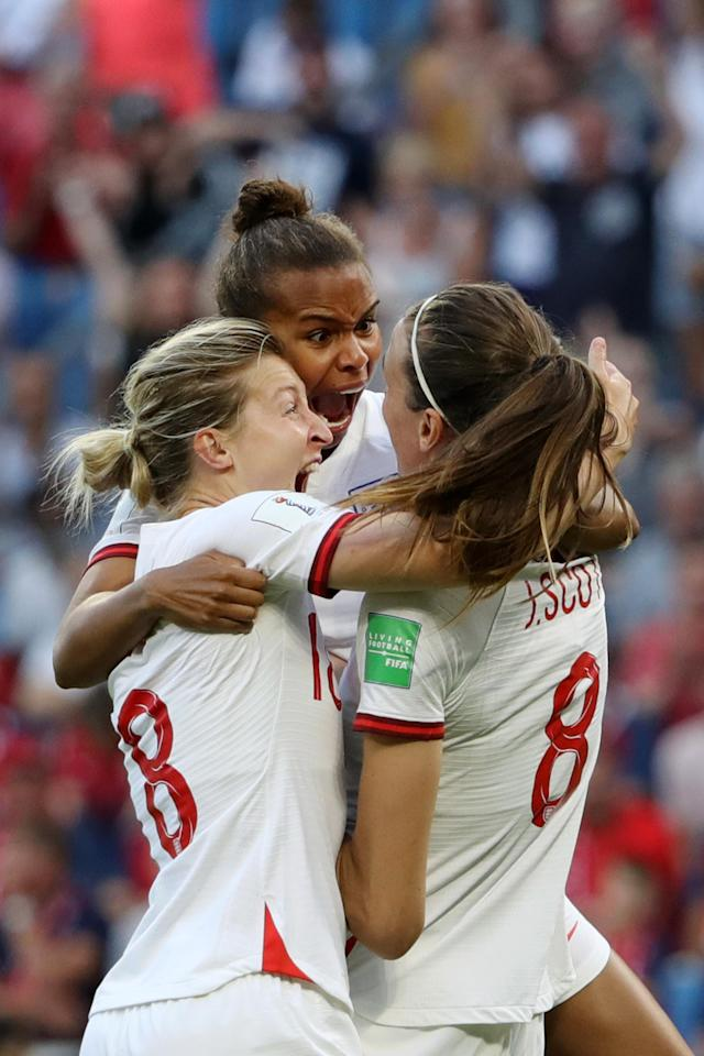 Jill Scott of England celebrates with teammates after scoring her team's first goal during the 2019 FIFA Women's World Cup France Quarter Final match between Norway and England at Stade Oceane on June 27, 2019 in Le Havre, France. (Photo by Robert Cianflone/Getty Images)