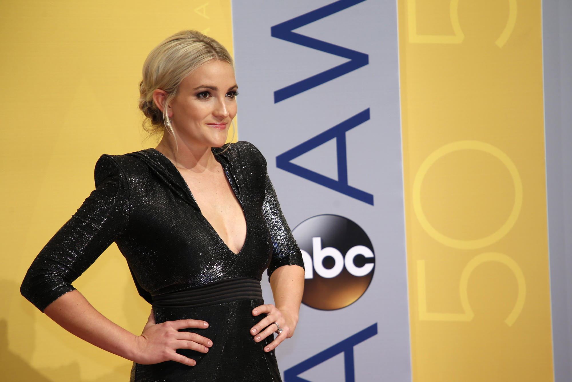 Jamie Lynn Spears blames Tesla for the 'devastating and tragic' death of her cats