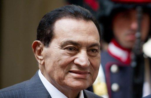 <p>Ousted president Hosni Mubarak (pictured in 2010) has a build-up of fluid in his lungs and cracked ribs, Egypt's official news agency MENA reported after he was transferred from prison to military hospital for treatment.</p>